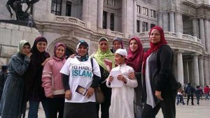 latina_immigrants_the_new_ambassadors_of_islam_306813502-1