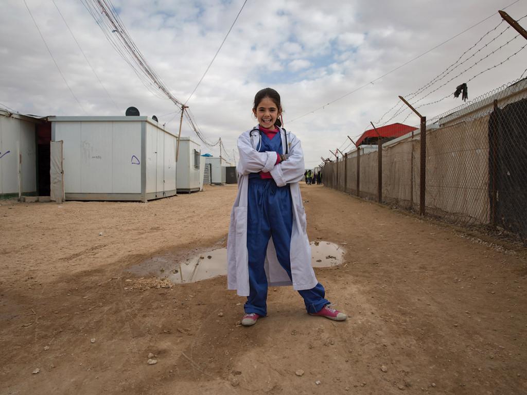 syrian-refugee-girls3